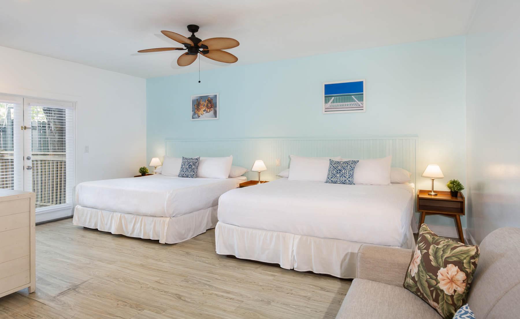 Cabana Inn king bedroom.